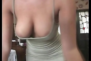 Hot office babe flashes her sexy breakage