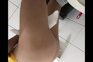 Hidden cam toilet girl cute ass