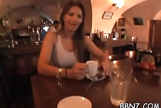 Stunning chick is exposing her juicy cunt outdoors