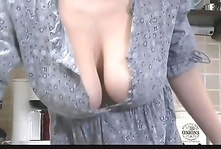 Voyeur Downblouse porn video