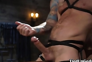 Muscled stud gets whipped and jerked